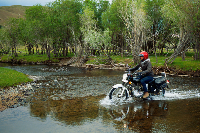 Crossing rivers in the Khangai foothills